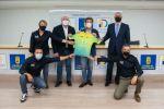 Perico Delgado visita Gran Canaria para fomentar el ciclismo entre los más jóvenes