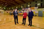 Castellano visita las instalaciones deportivas de Teror e inaugura el césped del Estadio municipal 'El Pino'