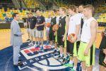 Bienvenida a la selección eslovena a su llegada a Gran Canaria