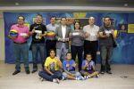 Lucas Bravo de Laguna y Alberto Miranda entregaron abonos para la Copa del Mundo a aficionados del Herbalife Gran Canaria