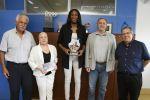 Francisco Castellano recibe a la baloncestista más valiosa del Eurobasket 2019, la hispono-senegalesa Astou Ndor