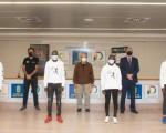 Francisco Castellano y José Segura reciben a los atletas keniatas que participarán por primera vez en la Transgrancanaria HG 2021