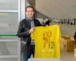Las camisetas conmemorativas de la Copa del Rey ya están siendo repartidas entre los abonados al evento