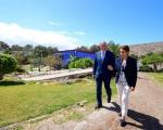 La Consejería de Deportes apoyará la construcción del primer pabellón municipal de Mogán