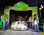 El consejero de Deportes, Francisco Castellano, da la salida al V Rally Comarca Norte de Gran Canaria