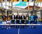 Castellano inaugura la primera pista de pádel portátil de Canarias