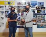 Francisco Castellano recibe a Patricia Cantero, campeona del mundo de vela en la clase 470
